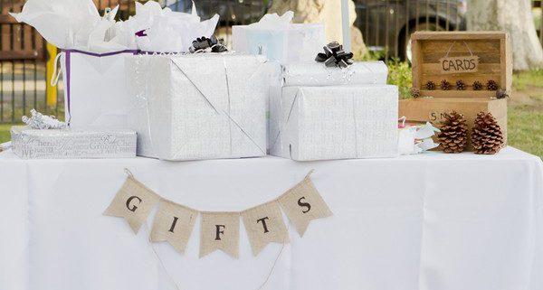 Trocar ou não os presentes de casamento